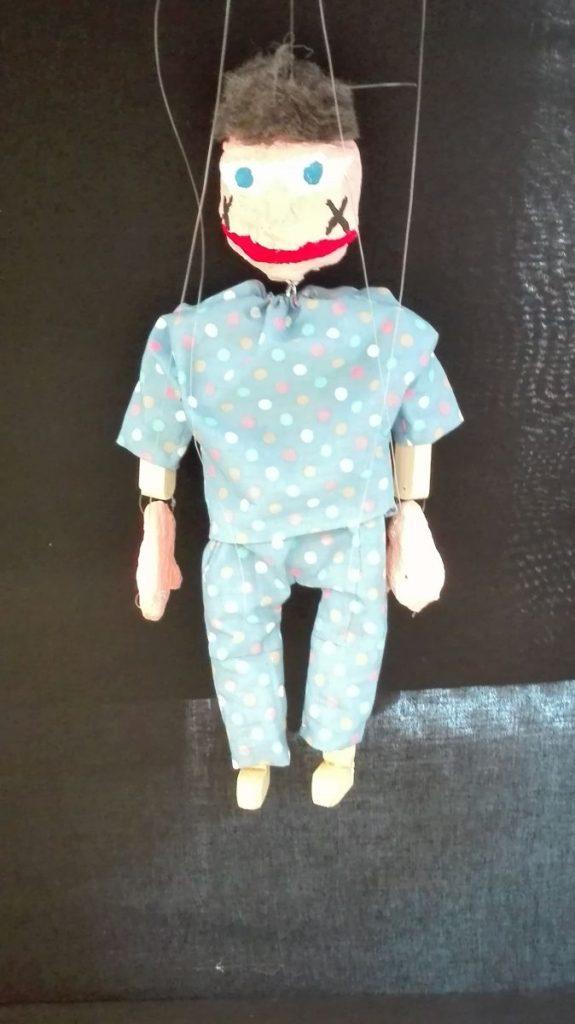 Puppe 27